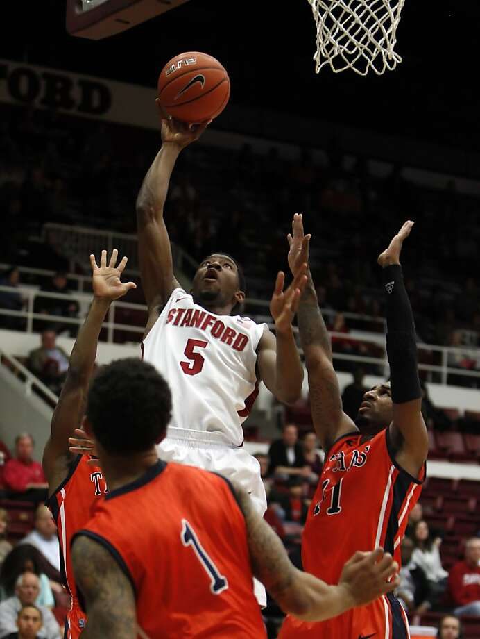 Chasson Randle puts up a shot in the first period. The Stanford men's basketball team played the Fullerton Titans at Maples Pavilion in Stanford, Calif., on Monday, November 12, 2012. Photo: Carlos Avila Gonzalez, The Chronicle