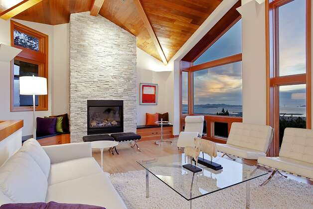 The custom-built home at 1017 Miller Ave. in Berkeley was listed for $2.495 million. Photo: OpenHomesPhotography.com