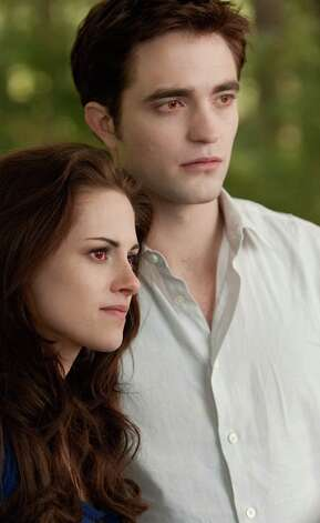 KRISTEN STEWART and ROBERT PATTINSON star in THE TWILIGHT SAGA: BREAKING DAWN-PART 2    Ph: Andrew Cooper, SMPSP   2011 Summit Entertainment, LLC.  All rights reserved. Photo: Andrew Cooper / © 2011 Summit Entertainment, LLC.  All rights reserved.