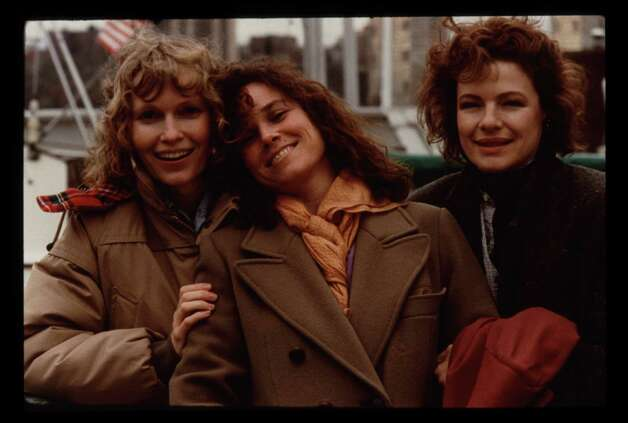 Hannah and Her Sisters - Mia Farrow, Barbara Hershey, Dianne Wiest Photo: Brian Hamill, Orion Pictures Corp / handout slide