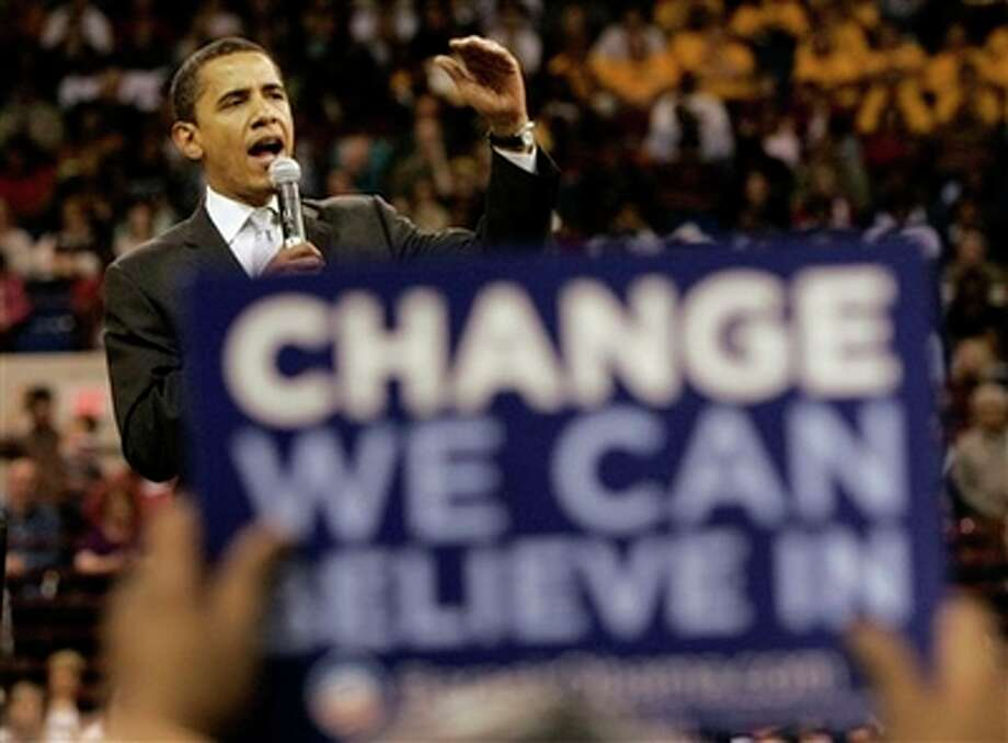 Democratic presidential hopeful, Sen. Barack Obama, D-Ill., campaigns at a rally in Fort Worth, Texas, Thursday, Feb. 28, 2008. (AP Photo/Tony Gutierrez) Photo: Tony Gutierrez, AP / AP