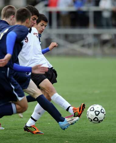 Stamford's Gustavo Terrealba controls the ball during Tuesday's Class LL quarterfinal soccer game against Newington at Stamford High School. Photo: Lindsay Niegelberg / Stamford Advocate
