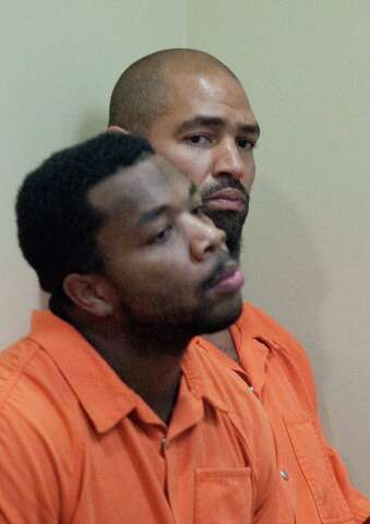 Jerramy Stevens released in domestic violence case involving