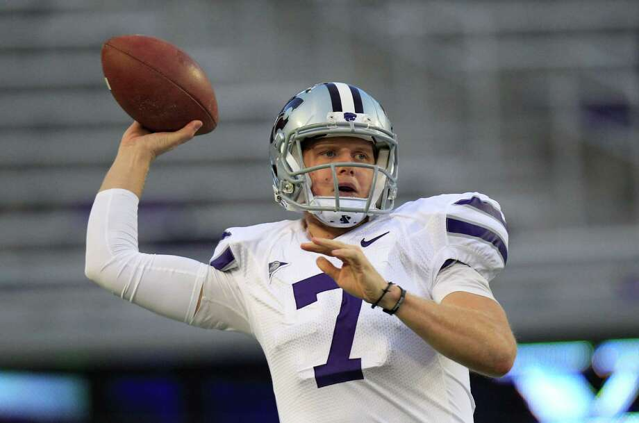 Kansas State quarterback Collin Klein (7) warms up before an NCAA college football game against  TCU Saturday, Nov. 10, 2012, in Fort Worth, Texas. (AP Photo/LM Otero) Photo: LM Otero, Associated Press / AP