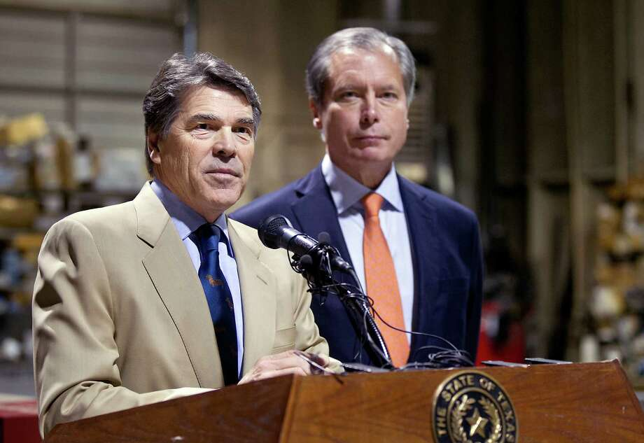 A reader expresses support for a drug-testing program for the poor endorsed by Gov. Rick Perry and Lt. Gov. David Dewhurst. Photo: Laura Skelding, Austin American-Statesman / Statesman.com