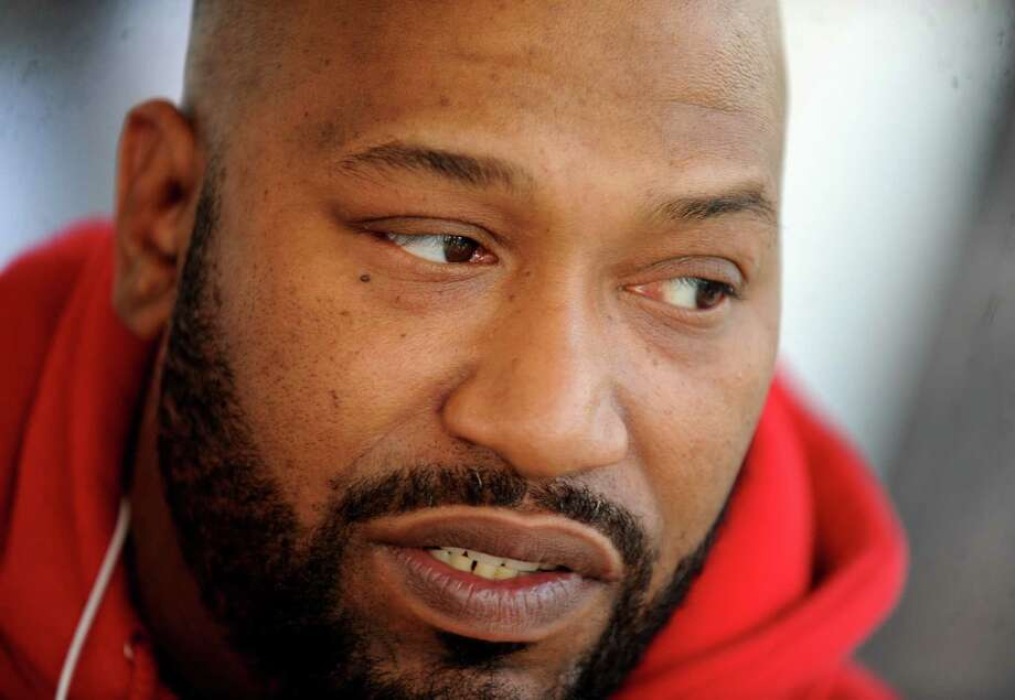 Rapper, Bun B, formally of UGK talks about how rap and religion mix at Rice University in Houston, Thursday, January 27, 2011. Bun B is a distinguished lecturer for a Hip Hop and Religion course at Rice University. Tammy McKinley/The Enterprise Photo: TAMMY MCKINLEY / Beaumont