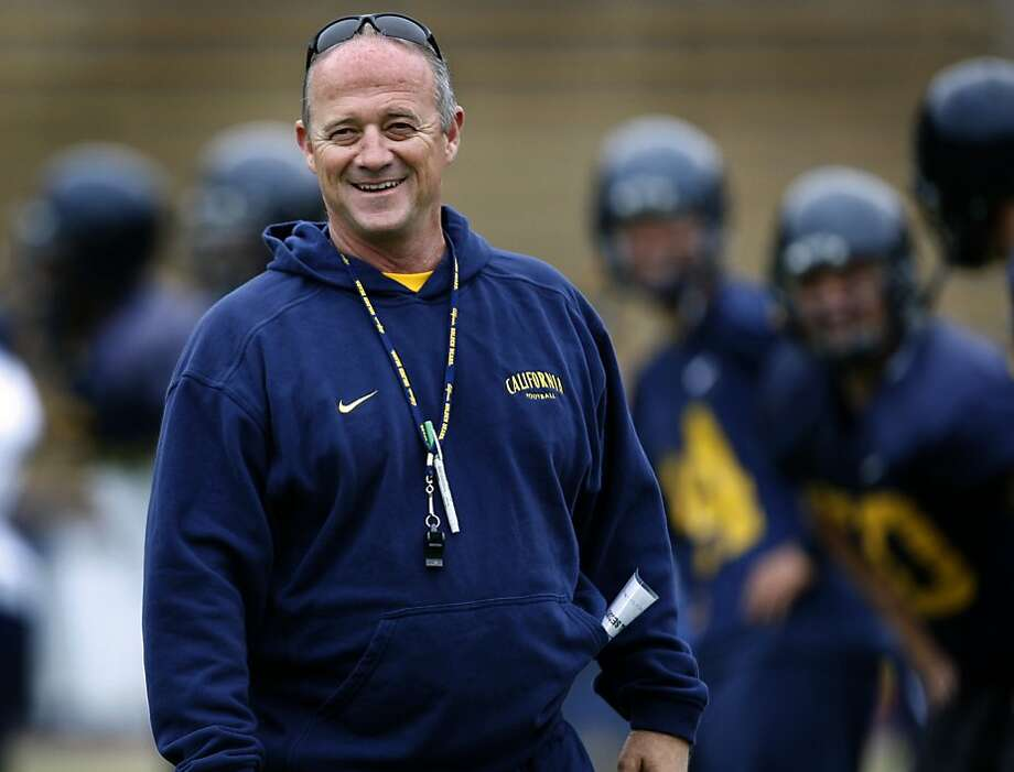Jeff Tedford is 82-56 at Cal, but 15-21 the past three seasons. Photo: Paul Chinn, The Chronicle