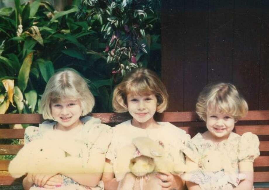 Christy, Amy, and Leigh Anne Huddleston at their Nana and Granddad's house in San Antonio, 1998. ( Loretta Huddleston / MySanAntonio.com)