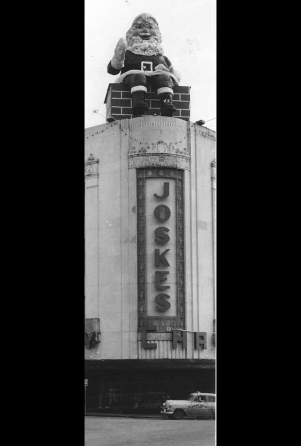 Joske's always went all out at Christmastime to lure their patrons in. Seen here is the infamous Santa sitting on the chimney which was placed on the roof of Joske's to welcome the shoppers in 1956. (EXPRESS-NEWS FILE PHOTO)