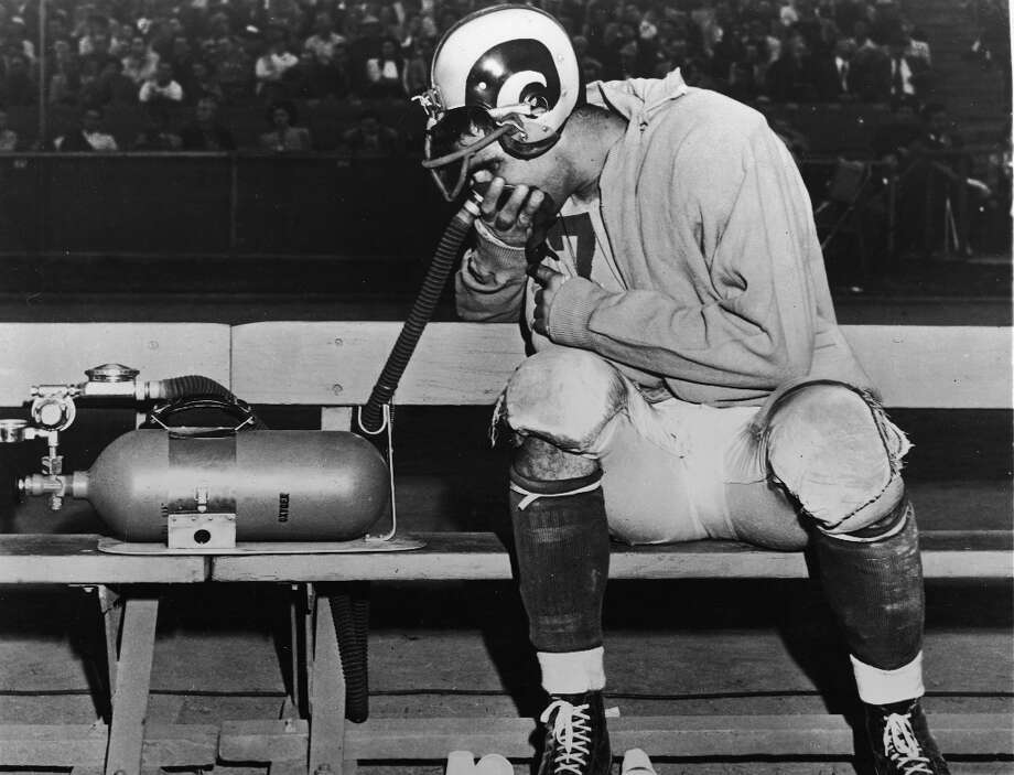 16. Bob Waterfield   Cleveland Rams, 1945   passer rating: 72.4The great Bob Waterfield wasn't just a quarterback, he was also the Rams' kicker and punter. (It was a different era.) Despite that, he led the league in his rookie season with 14 touchdowns, but also with 17 interceptions. He finished the year completing 52.0 percent of his passes, had a 72.4 passer rating and was named First Team All-Pro in the NFL. Photo: Hulton Archive, Getty Images / 2004 Getty Images