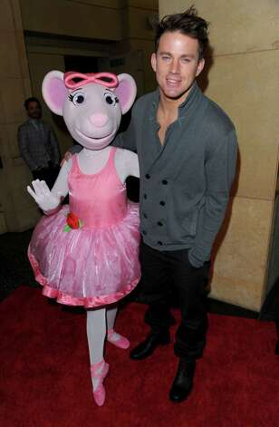 HOLLYWOOD - NOVEMBER 29:   Actor Channing Tatum (R) and Angelina Ballerina arrive at the Dizzy Feet Foundation's Inaugural Celebration of Dance at The Kodak Theater on November 29, 2009 in Hollywood, California. Photo: Jason Merritt, Getty Images For Dizzy Feet Foun / 2009 Getty Images