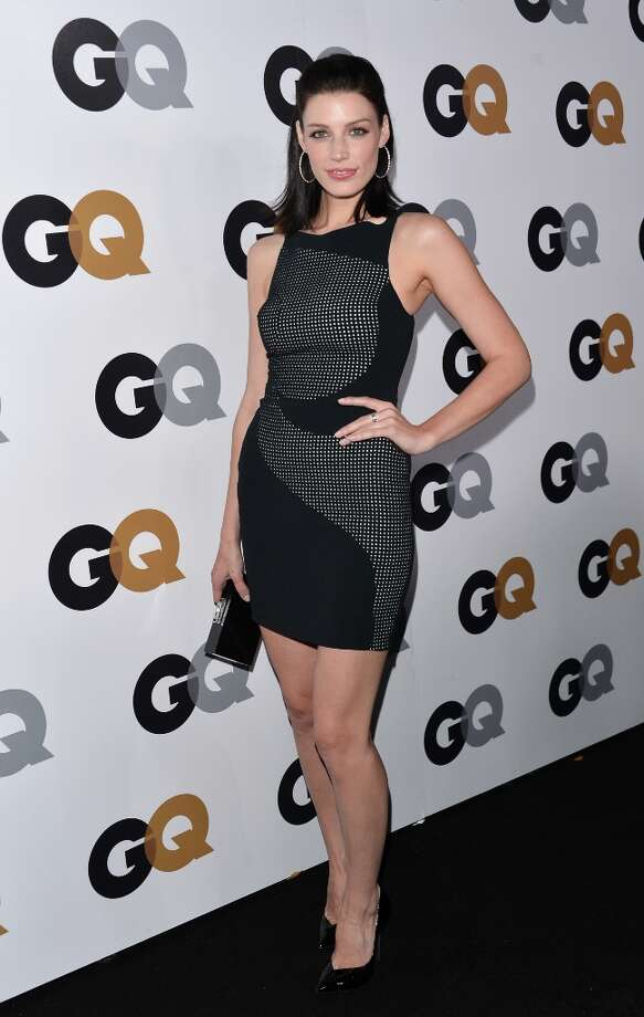 Actress Jessica Pare arrives at the GQ Men of the Year Party at Chateau Marmont on November 13, 2012 in Los Angeles, California.  (Photo by Alberto E. Rodriguez/Getty Images) Photo: Alberto E. Rodriguez, Getty Images / 2012 Getty Images