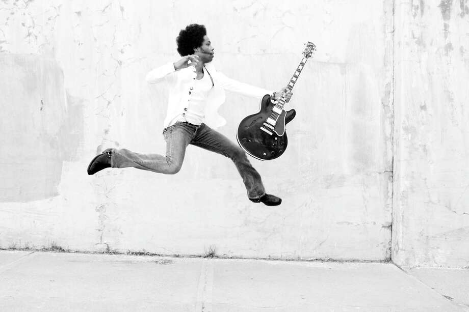 Alex Cuba (born 1974), is a Cuban singer-songwriter who sings in Spanish and English. He has won two Juno Awards for World Music Album of the Year: in 2006 for Humo De Tabaco, and in 2008 for his second album, Agua Del Pozo. In 2010 he won the Latin Grammy for Best New Artist. He release a new CD Ruido en el sistema Photo: Caracol Records