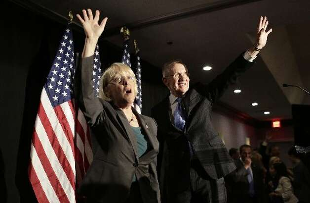 Senator Patty Murray, D-Washington, waves to supporters during a Democratic election viewing party Tuesday night.  (Joshua Roberts/Bloomberg)