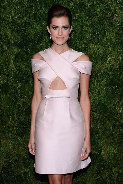Allison Williams attends The Ninth Annual CFDA/Vogue Fashion Fund Awards at 548 West 22nd Street on