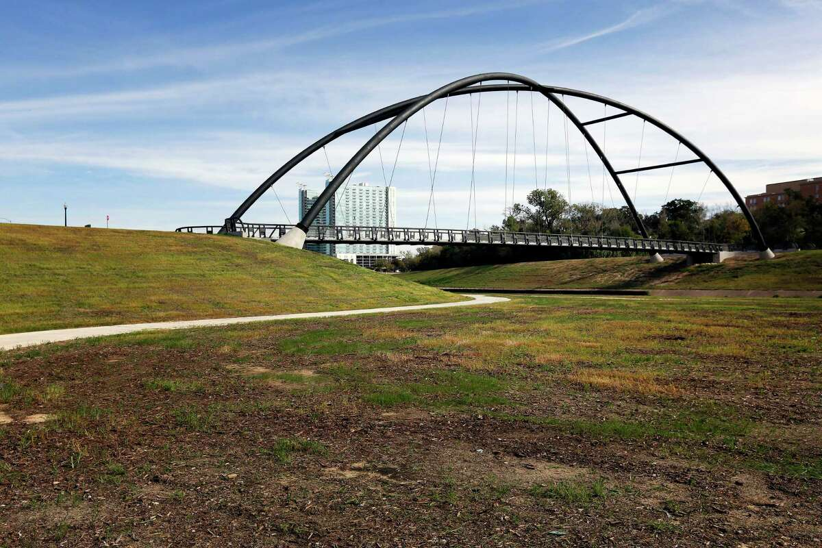 The new $5 million bike span and walkway is being dedicated Friday in honor of the late Houston lawyer Bill Coats, a Hermann Park Conservancy founder.