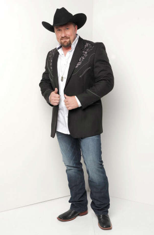 THE X FACTOR: 12 Perform: Tate Stevens.  CR: Ray Mickshaw / FOX. Photo: Ryan McShaw, Ray McShaw/PictureGroup / 2012 PictureGroup
