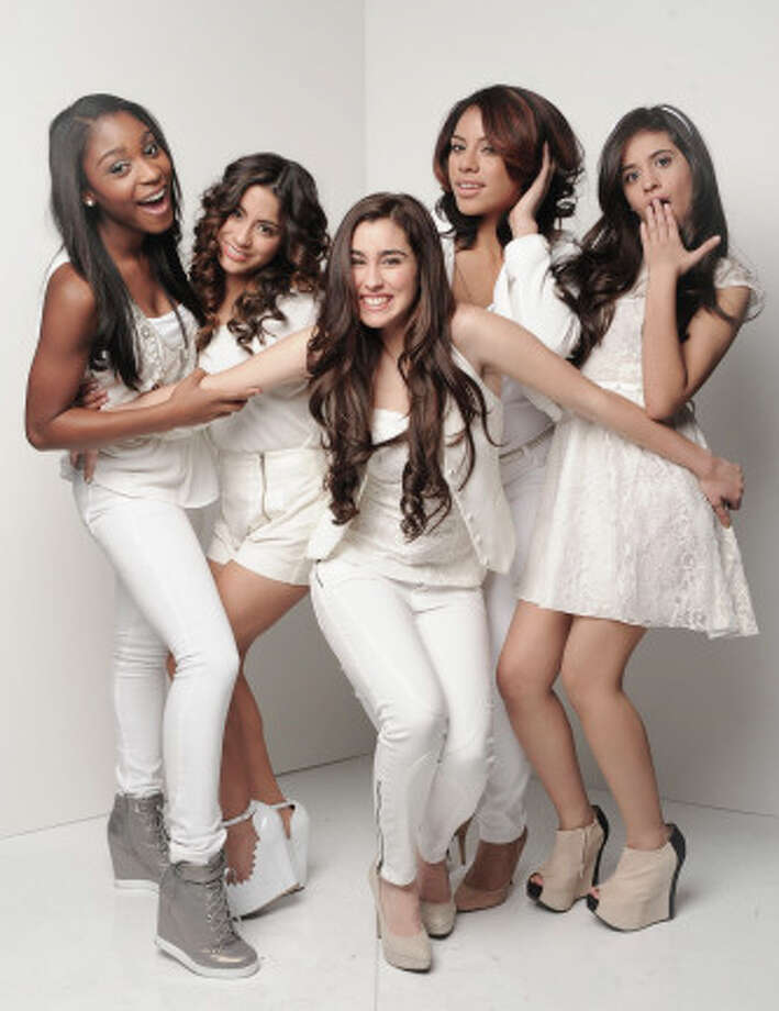 THE X FACTOR: 12 Perform: Fifth Harmony  CR: Ray Mickshaw / FOX. Photo: Ryan McShaw, Ray McShaw/PictureGroup / PictureGroup