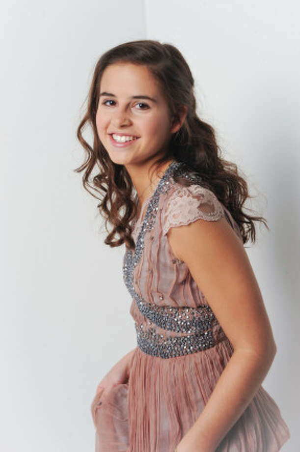 THE X FACTOR: 12 Perform: Carly Rose Sonenclar.  CR: Ray Mickshaw / FOX. Photo: Ray McShaw/PictureGroup / PictureGroup