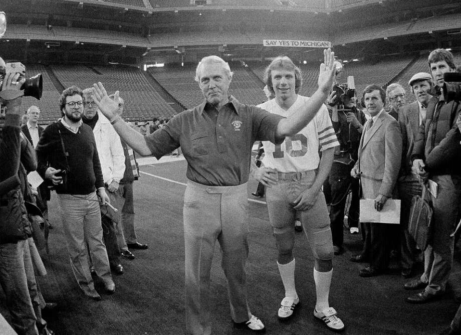 Jan. 19, 1982: San Francisco 49ers coach Bill Walsh and quarterback Joe Montana at a practice before Super Bowl XVI. Montana and Clark were young and unproven, but they had a swagger. Two good-looking young guys on top of the world. (Associated Press) Photo: AP