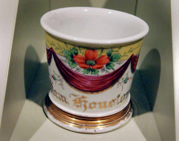 Sam Houston's shaving cup on display at the Long Barracks Museum at the Alamo Tuesday, October 4, 2005. GLORIA FERNIZ/STAFF Photo: GLORIA FERNIZ, SAN ANTONIO EXPRESS-NEWS / SAN ANTONIO EXPRESS-NEWS