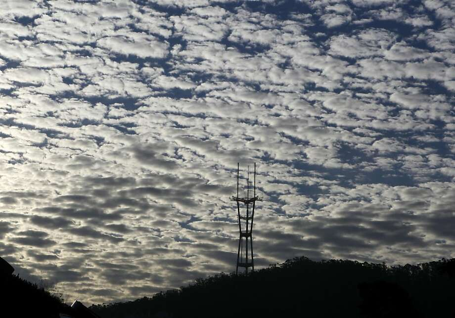Light clouds from the leading edge of a rainstorm provide a backdrop for Sutro Tower in San Francisco, Calif. on Thursday, Nov. 15, 2012. Photo: Paul Chinn, The Chronicle