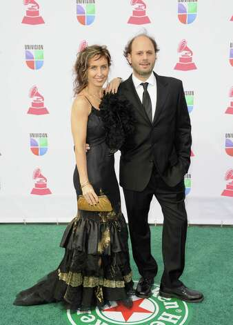 (L-R) Artist Vicky Barranguet and musician Gustavo Casenave arrive at the 13th annual Latin GRAMMY Awards held at the Mandalay Bay Events Center on November 15, 2012 in Las Vegas, Nevada. Photo: Jason Merritt, Getty Images / 2012 Getty Images