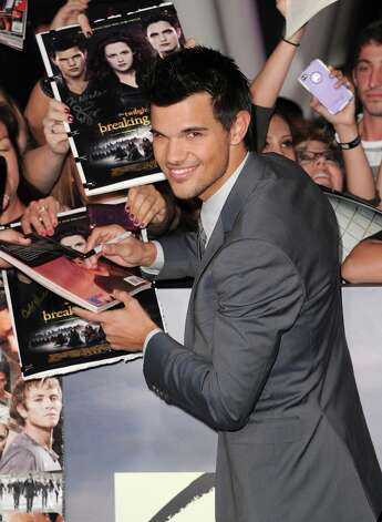 Taylor Lautner also would compete for the younger vote. Photo: Jason Merritt, Getty Images / 2012 Getty Images