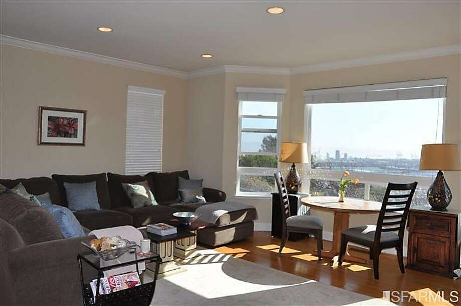 186 Brewster St., $1.198 million Photo: Coldwell Banker, Menlo Park Santa Cruz