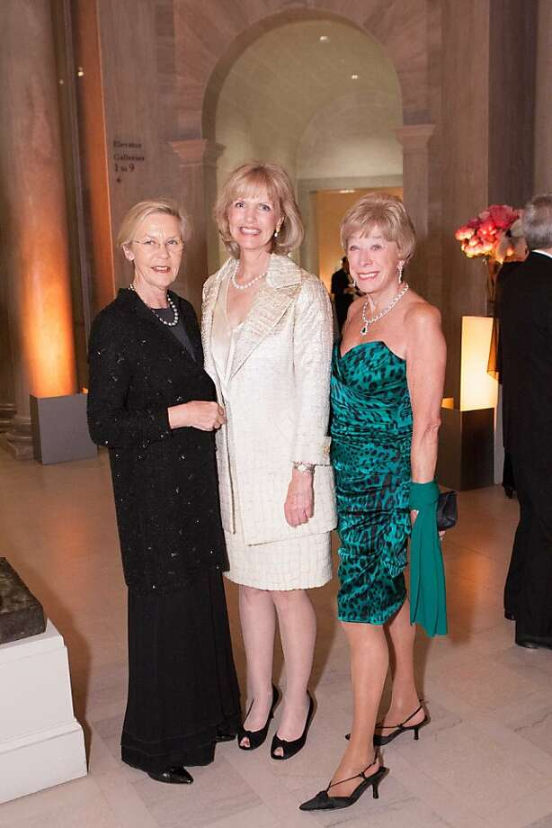 "Honorary Consul General of Sweden Barbro Osher, with Andrea Schultz and Maria Pitcairn at the dinner for ""Royal Treasures From the Louvre: Louis XIV to Marie-Antoinette."" Photo: Drew Altizer Photography, Heather Wiley For Drew Altizer P"
