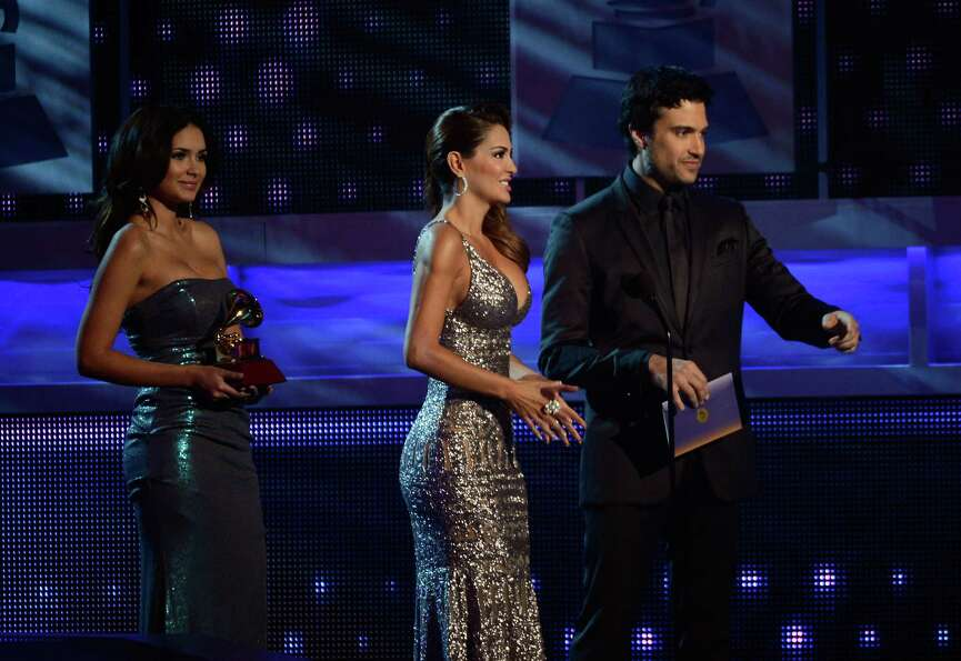 (L-R) Presenters  Ninel Conde and Jaime Camil speak onstage during the 13th annual Latin GRAMMY Awar