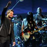 """Alejandro Sanz performs """"No Me Compares"""" at the 13th Annual Latin Grammy Awards at Mandalay Bay on Thursday Nov. 15, 2012, in Las Vegas. (Photo by Al Powers/Powers Imagery/Invision/AP)"""