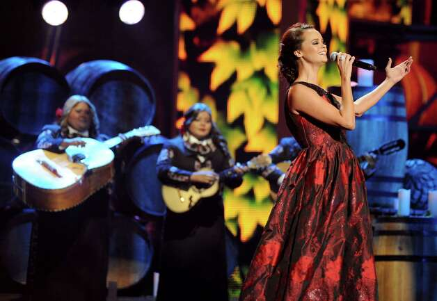 "Shaila Durcal performs ""El Dia Que Me Fui"" at the 13th Annual Latin Grammy Awards at Mandalay Bay on Thursday, Nov. 15, 2012, in Las Vegas. (Photo by Al Powers/Powers Imagery/Invision/AP) Photo: Al Powers, Associated Press / Invision"