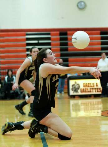 East Lyme high school vs Joel Barlow high school in a CIAC class L semifinal girls volleyball tournament game played at Shelton high school, Shelton, CT on Thursday November 15th, 2012 Photo: Mark Conrad / Connecticut Post Freelance