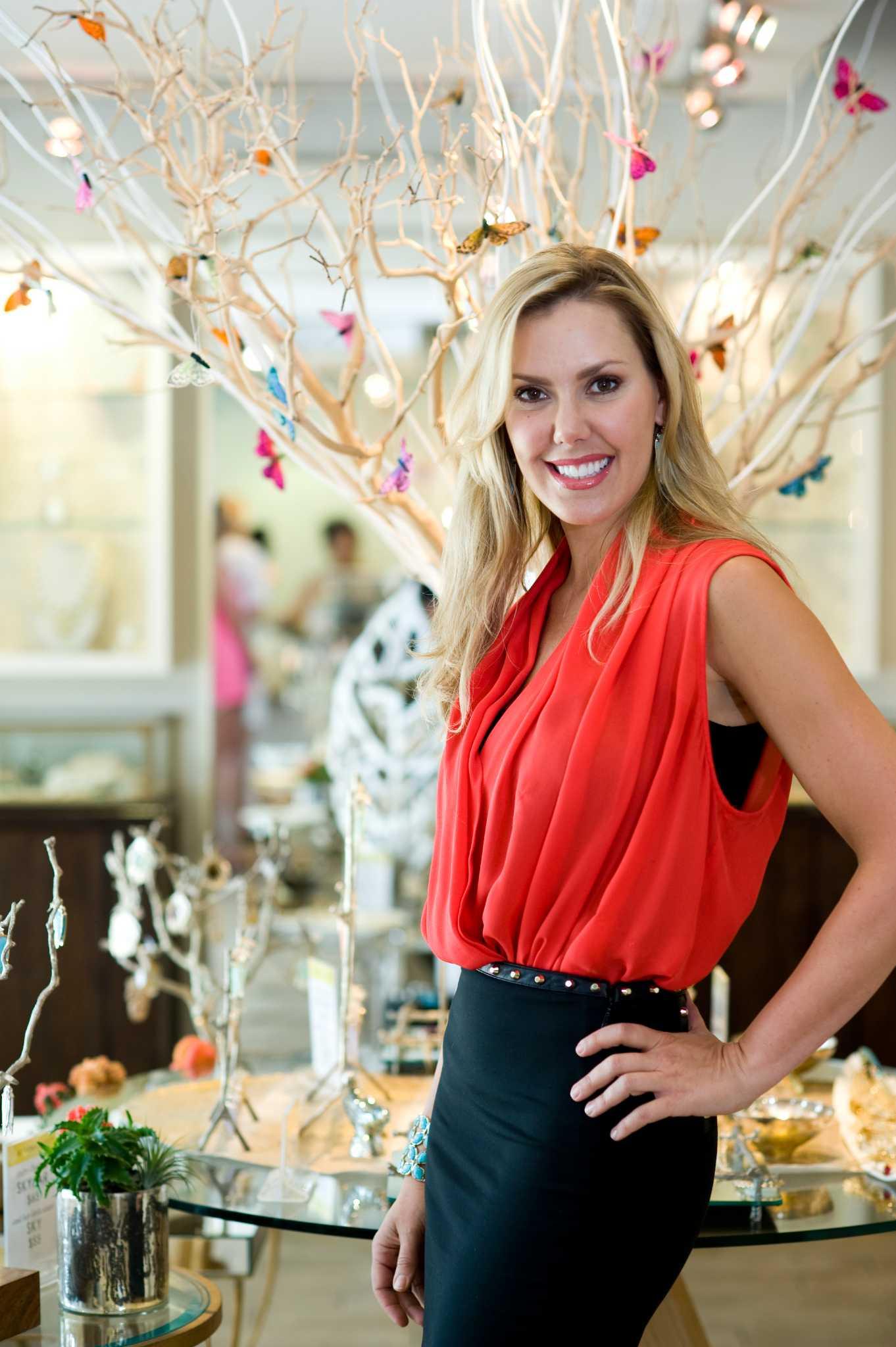 jewelry designer kendra scott opens two houston stores
