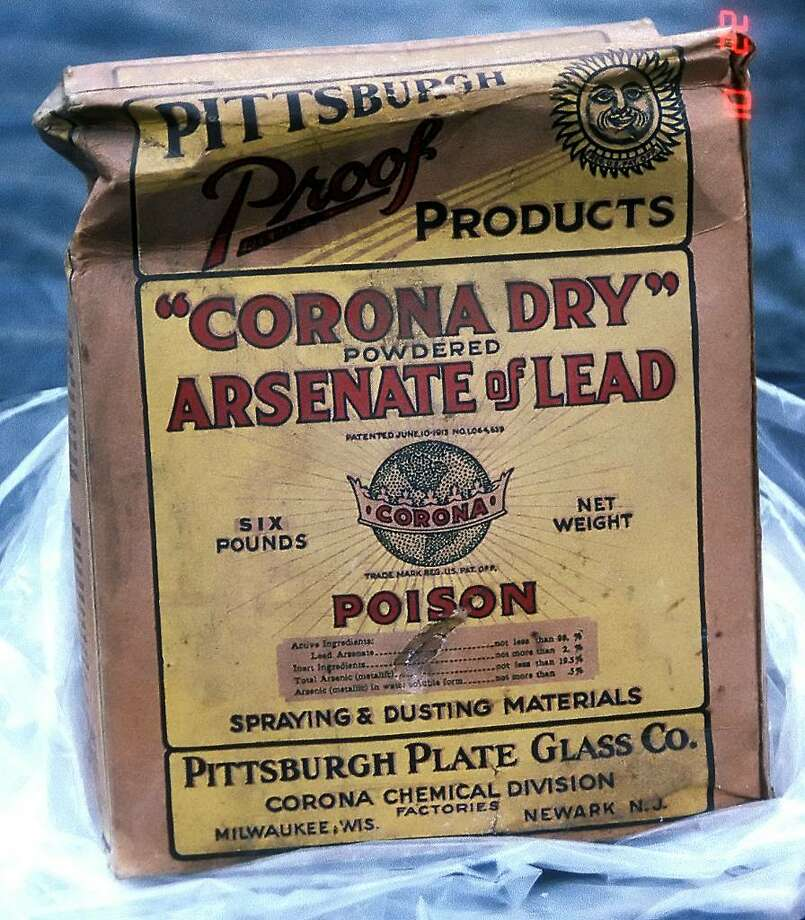 """""""Corona Dry"""" Powdered Arsenate of Lead.  Toxic pesticides such as lead arsenate were commonly used for gardens and crops until the 1980s. Today, investigators are trying to determine the source of banned pesticides that have contaminated 29 wells near Scofieldtown Park, a former industrial dump. Photo: Washington State Department Of Agriculture"""