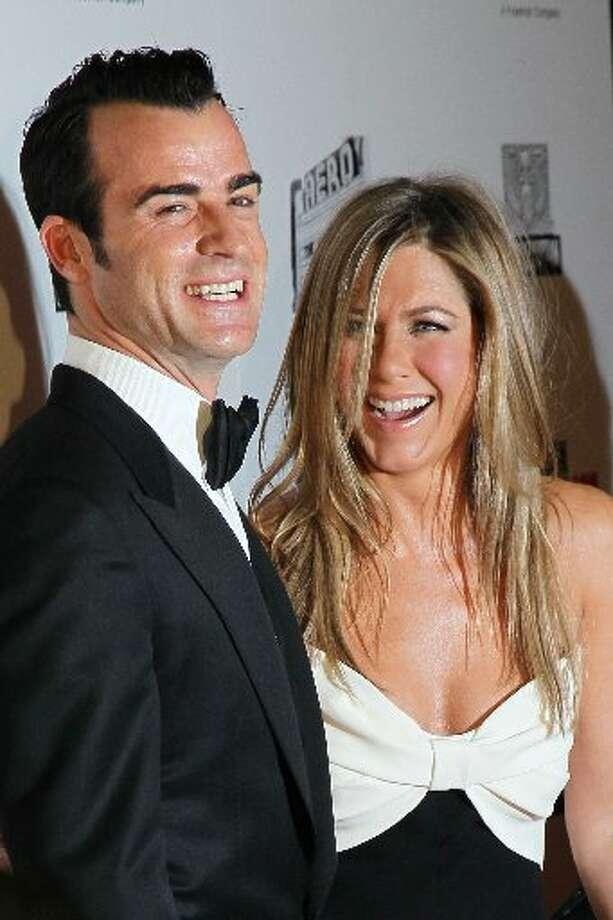 Actors Justin Theroux and Jennifer Aniston attend the 26th American Cinematheque Award Gala honoring Ben Stiller at The Beverly Hilton Hotel on November 15, 2012 in Beverly Hills, California. (Photo by David Livingston/Getty Images) (Getty)