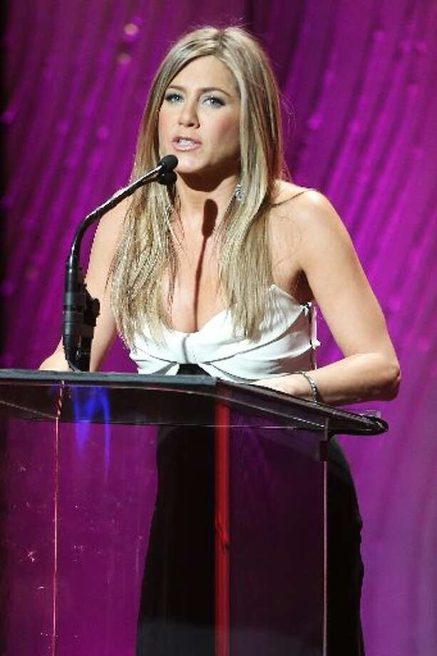 Actress Jennifer Aniston speaks onstage during the 26th American Cinematheque Award Gala honoring Ben Stiller at The Beverly Hilton Hotel on November 15, 2012 in Beverly Hills, California. (Photo by Frederick M. Brown/Getty Images) (Getty)