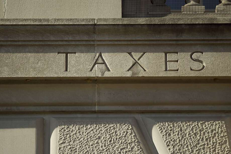 A detail of the Internal Revenue Service (IRS) building is seen in Washington, D.C., U.S., on Monday, April 16, 2012. The deadline for individuals to file their 2011 tax returns is April 17. Photographer: Andrew Harrer/Bloomberg Photo: Andrew Harrer, Bloomberg