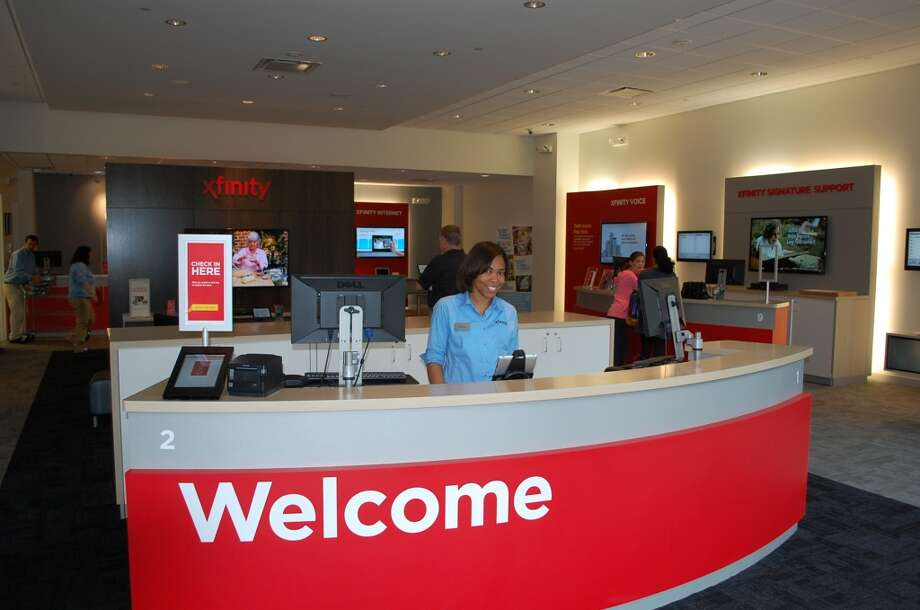 Xfinity Stores allow customers to explore, learn about and interact directly with the latest Xfinity products and services on flat screen TVs, iPads and more. (Comcast Houston)