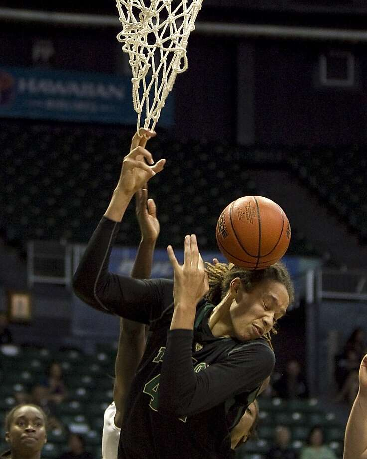 Baylor's Brittney Griner scored 18 of her 22 points in the second half. Photo: Marco Garcia, Associated Press