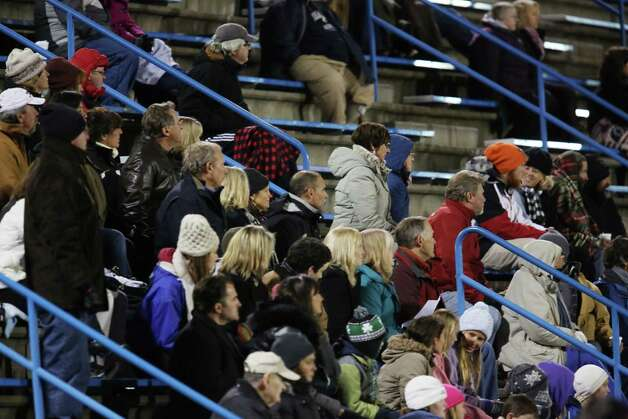 Mike Ross Connecticut Post freelance -Fans brave cold temperatures for Immaculate vs Old Lyme at the  Class S state semifinals held at Strong Stadium in West Haven. Photo: Mike Ross / Connecticut Post Freelance
