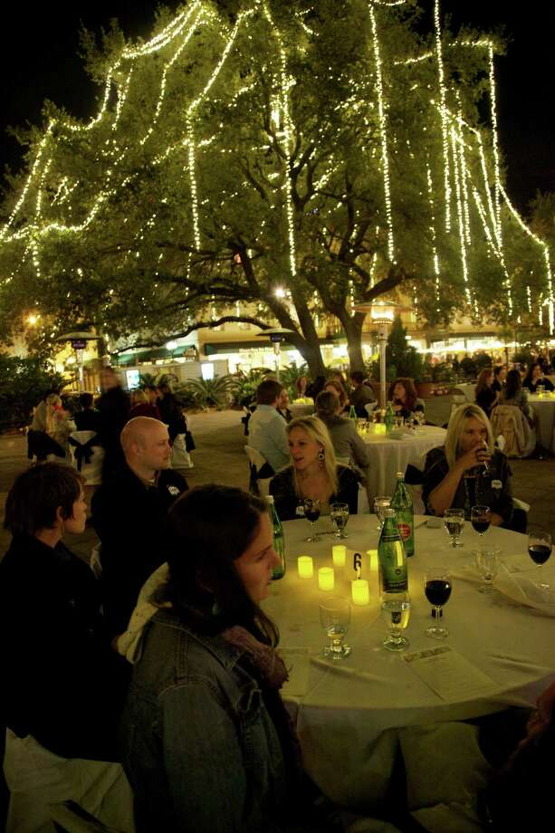 April 5: Twilight on the Plaza, 7 p.m. to 11 p.m. Plaza de Valero, 300 Alamo Plaza (located at the corner of Alamo and Blum Streets), will be transformed for an incredible evening of live music, shopping and dining. There will be free live music, Lantern Tours of The Plaza and a Twilight Market. Photo: Xelina Flores-Chasnoff, MySA.com