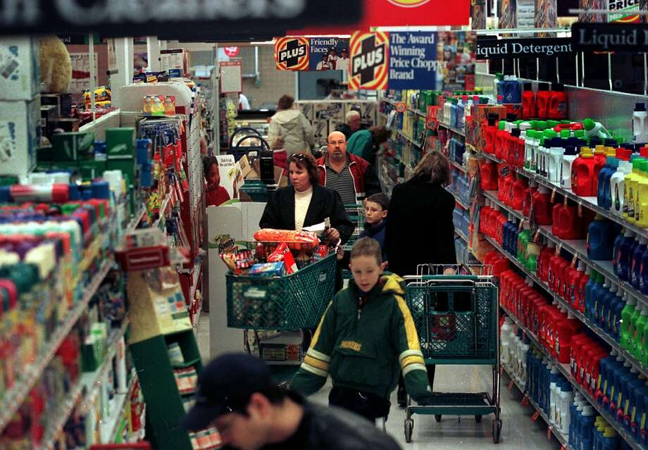 64,380: The number of grocery stores in the United States in 2010. (DG)