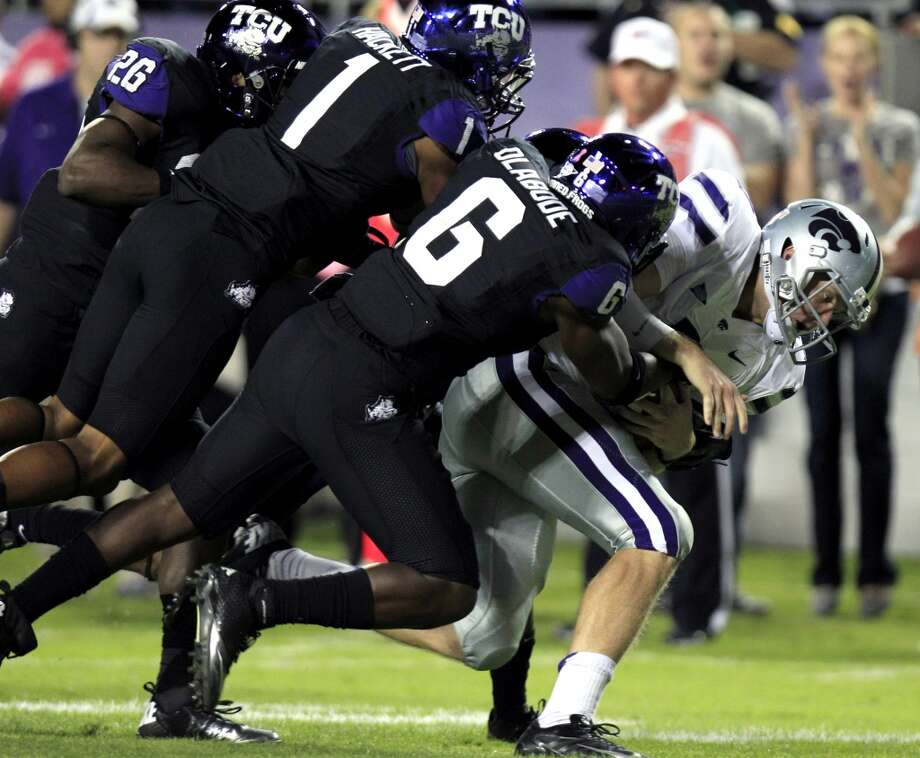 3. TCU (6-4, next game Thursday @ Texas) –  A week off to rest and recuperate will benefit TCU before they inherit the tough position of being Thanksgiving fodder for the Longhorns.  (LM Otero / Associated Press)