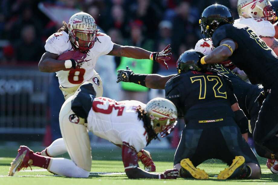 COLLEGE PARK, MD - NOVEMBER 17:  Running back Devonta Freeman #8 of the Florida State Seminoles carries the ball against the Maryland Terrapins at Byrd Stadium on November 17, 2012 in College Park, Maryland.  (Photo by Rob Carr/Getty Images) Photo: Rob Carr, Wires / 2012 Getty Images