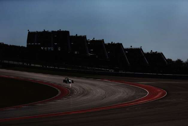 Sebastian Vettel of Germany and Red Bull Racing drives during the United States Formula One Grand Prix at the Circuit of the Americas on November 18, 2012 in Austin, Texas. Photo: Paul Gilham, Getty Images / 2012 Getty Images