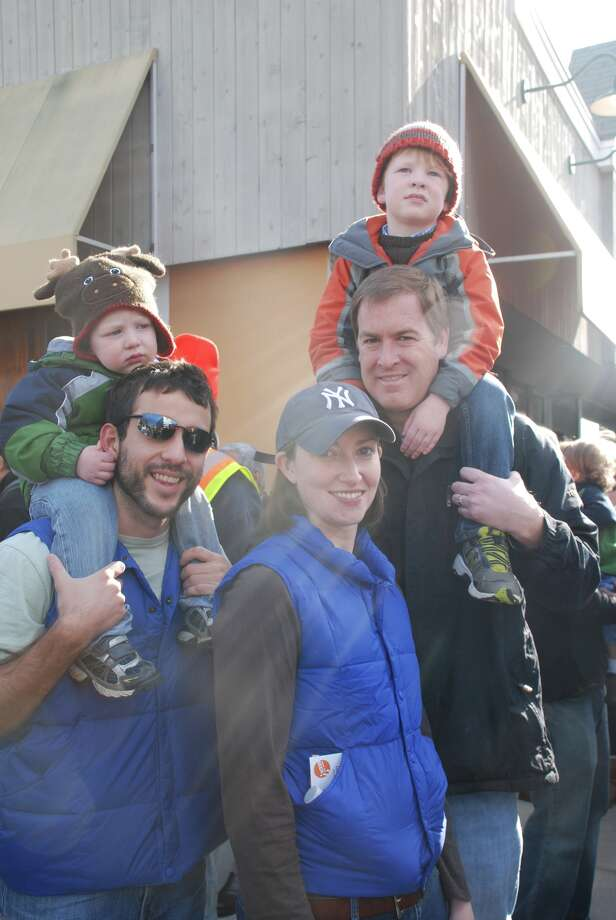 Stamford UBS balloon parade November 18th, 2012 Photo: Michael Spero / Hearst Connecticut Media Group