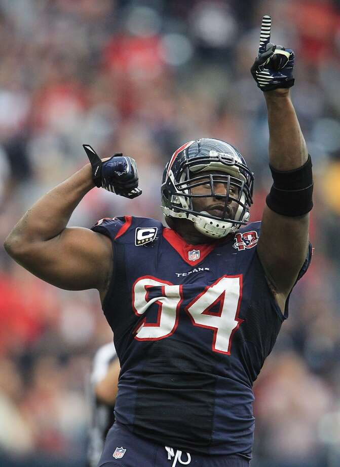 Texans defensive end Antonio Smith (94) reacts after stopping the Jacksonville Jaguars during the fourth quarter. (Karen Warren / Houston Chronicle)