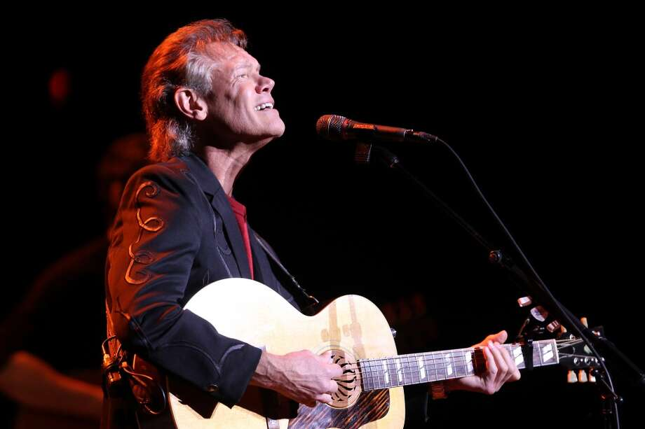 Randy Travis performs at the Majestic Theatre Sunday, November 18, 2012. (JENNIFER WHITNEY) (JENNIFER WHITNEY)